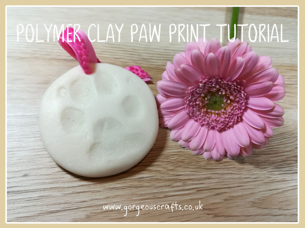 Polymer clay ornament, tutorial on how to create a pet momento using fimo. www.gorgeouscrafts.co.uk #polymerclayornament #polymerclay #saltdoughornament